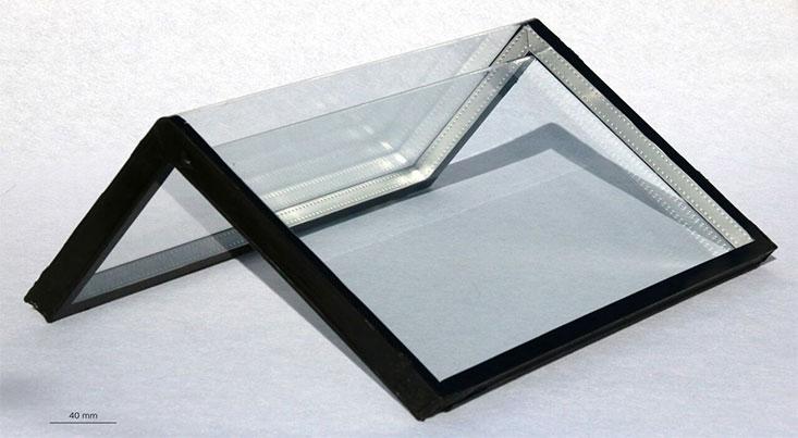 خم کردن صفحات شیشهای با زاویه راست